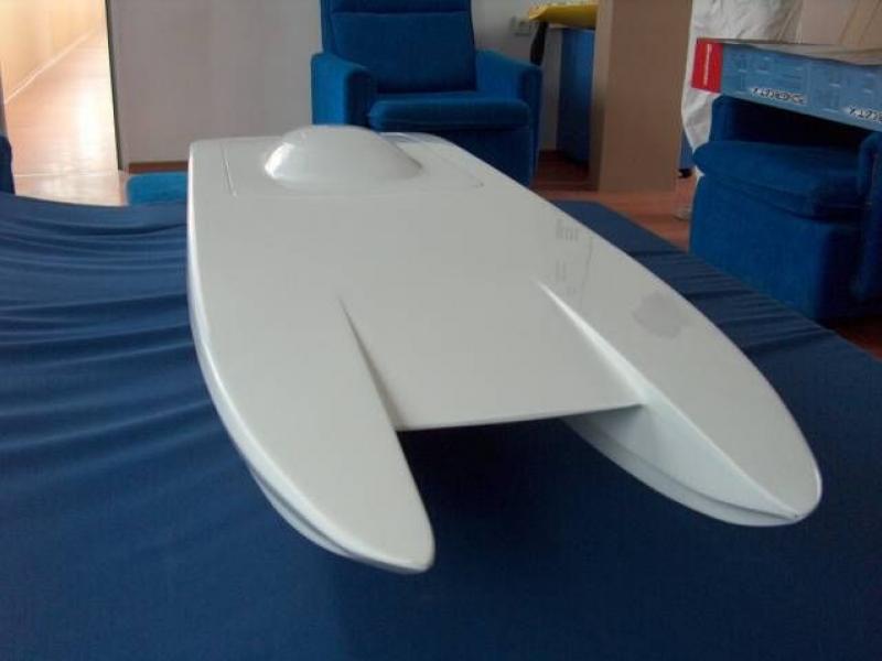 """Catamarane Rumpf - """"Miss Geico""""  №53.00.00 von Kvalitet Sport"""